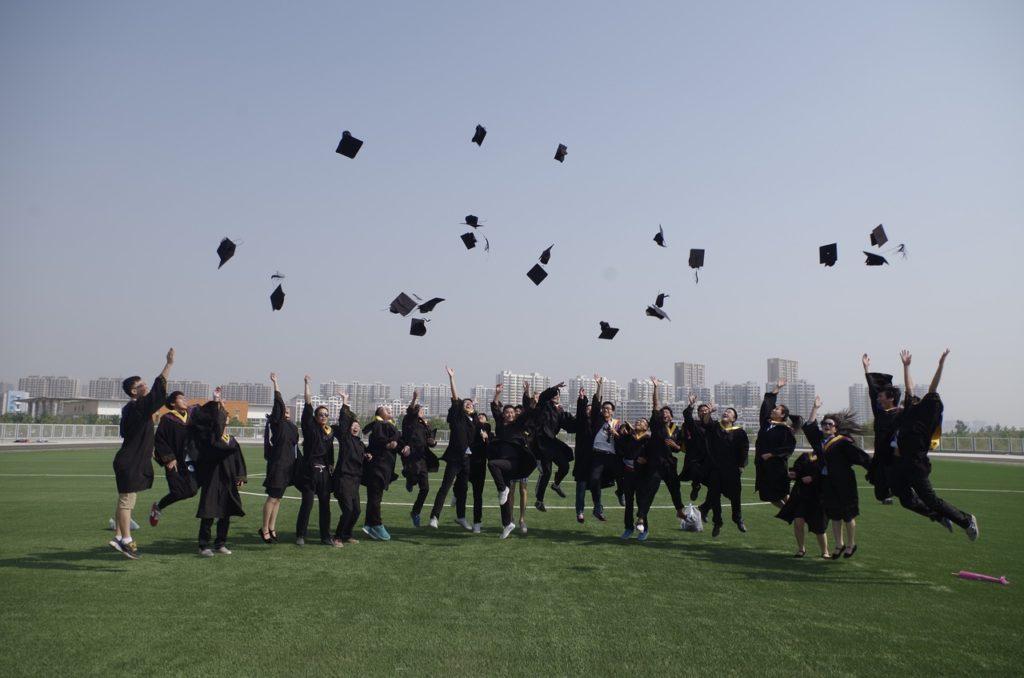 university-student-1749912_1280